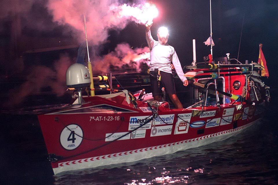 Primer español en cruzar el Atlántico a remo